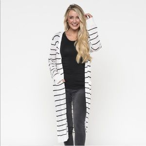 Downeast Large Cardigan Black White Striped